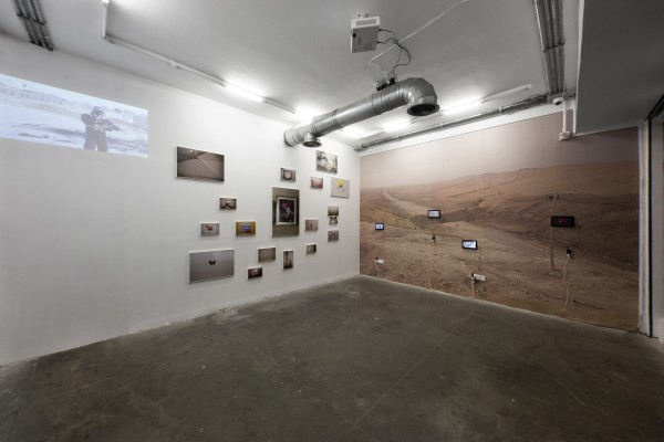1398 2019 Alborz Kazemi Encounter Encounter Dastanoutside Installation View Lowres 01 503A6257