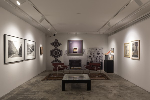 1399 2020 Parviz Tanavoli Virus Of Collecting Dastan 2 Installation View Lowres 01 Img 2862