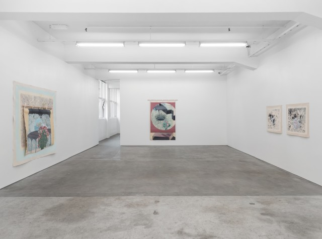 Asal Peirovi Curtains II 2019 Installation view, STANDARD (OSLO), Oslo 24.05.-06.07.2019 SOAP/IV 2019-001/4 Courtesy of the artist and STANDARD (OSLO), Oslo Photographer: Øystein Thorvaldsen
